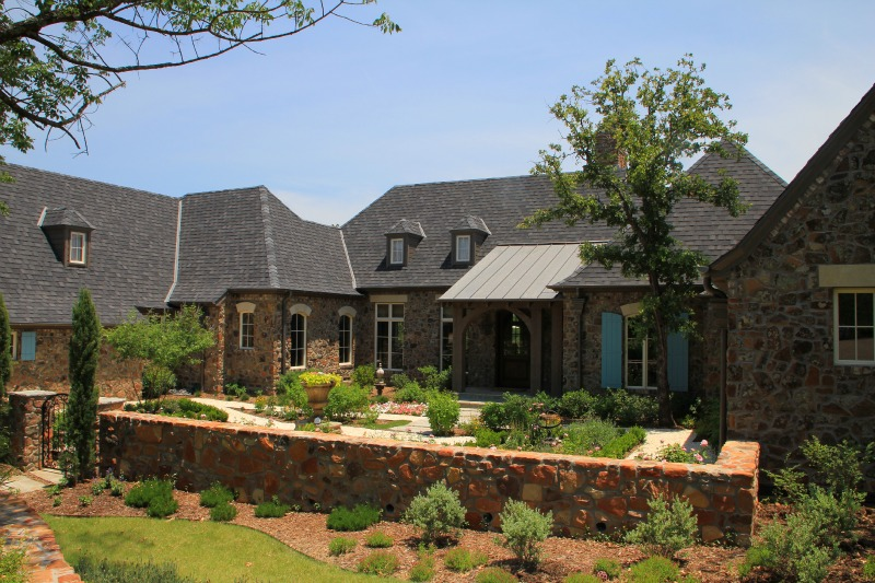 09-front-Texas-Ranch-Architect-Steve-Chambers