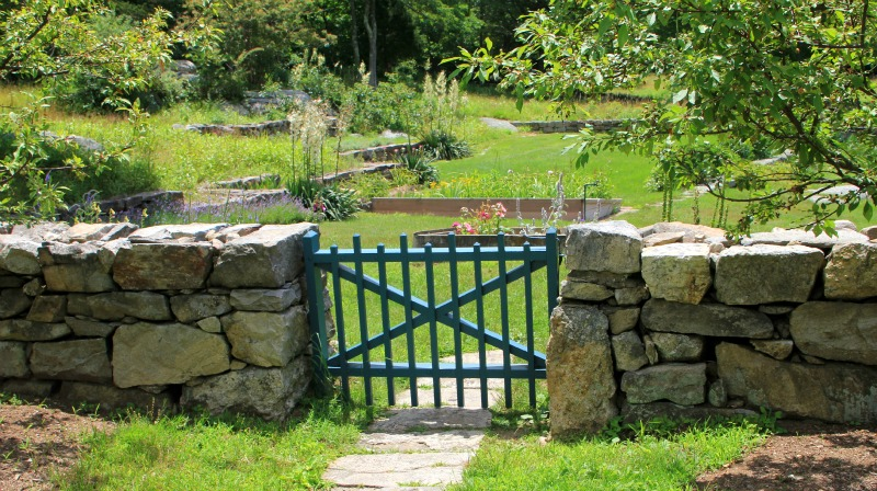 stone walls of new england The stone, paver, & retaining wall supplier of choice in southern new england we also have outdoor kitchens & grills, lighting, fire & water features, and more.