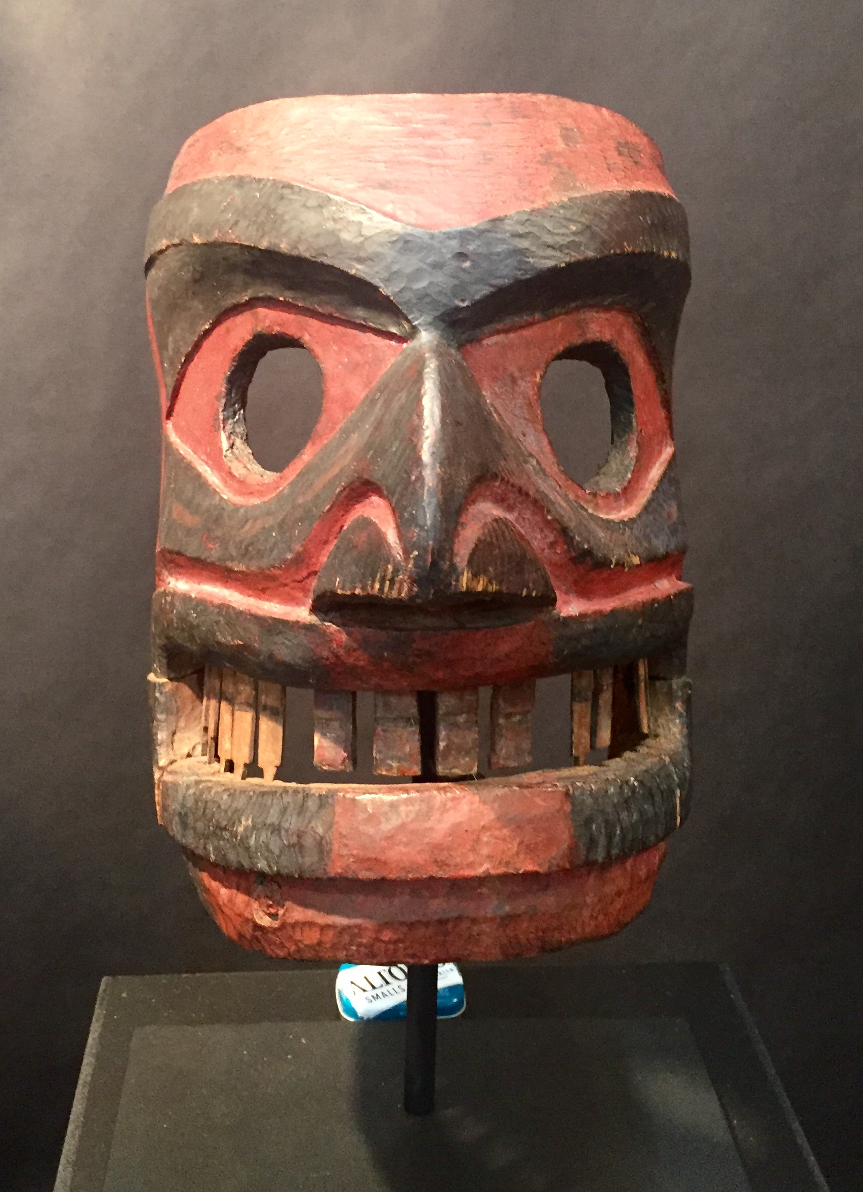 we visit the antique american indian arts show in santa fe nm