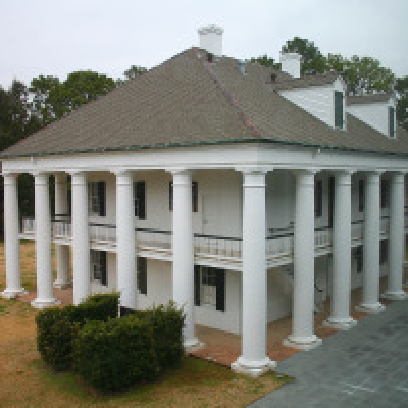 Steve Chambers Contrasts Historic And Modern Louisiana