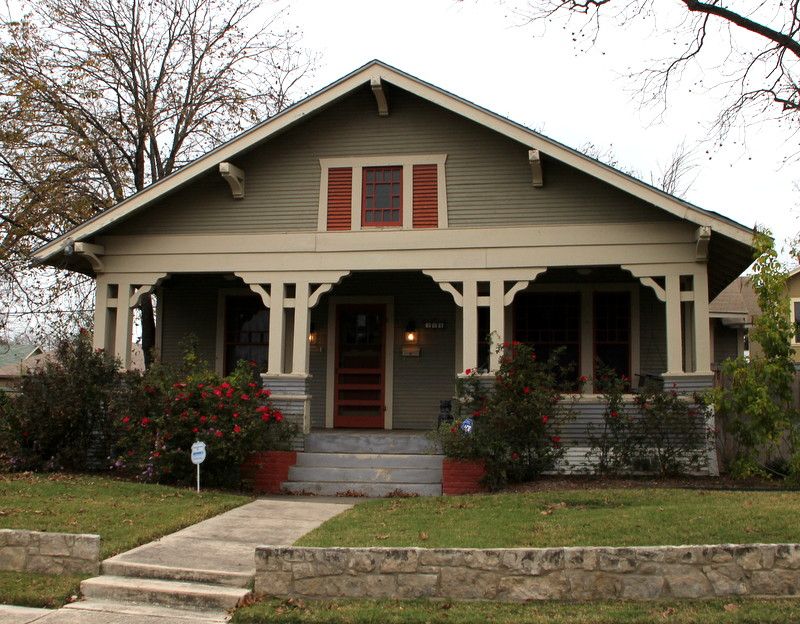Arts and Crafts, Texas architect. Oklahoma architect. Texas Home Designs,