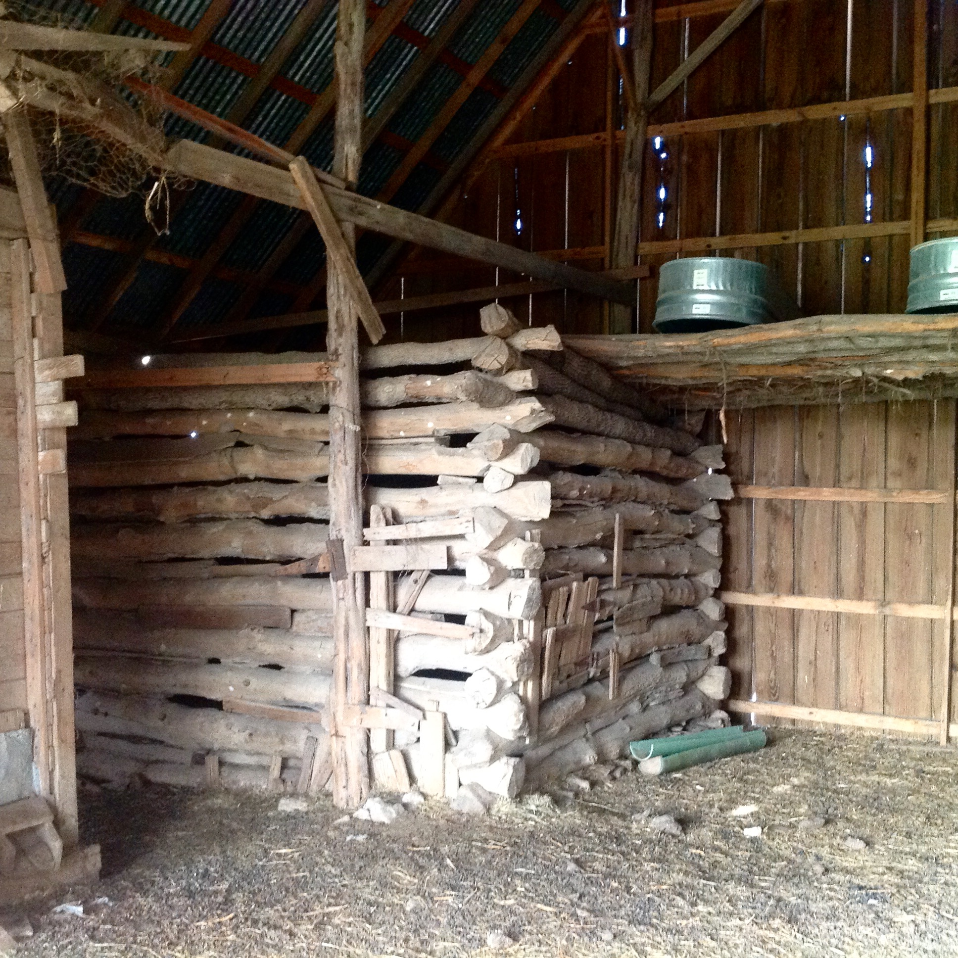Animal pen Barn Rustic Log Cabin Texas and Oklahoma Architect Architecture Firm