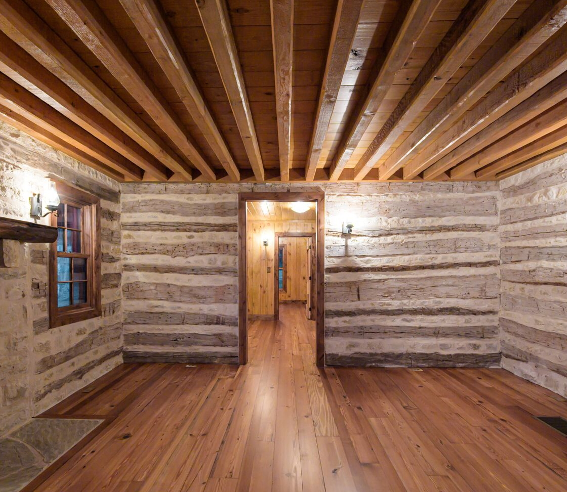 Antique Log Home Architect, Antique Log Homes, Texas Ranch Homes, Historic Texas Ranch Homes, Best Ranch Designs in Texas, Texas Ranch Architects, Best Ranch Home Architects, Early Texas Log Homes, Early Texas Log Cabins, Log Cabin Interior