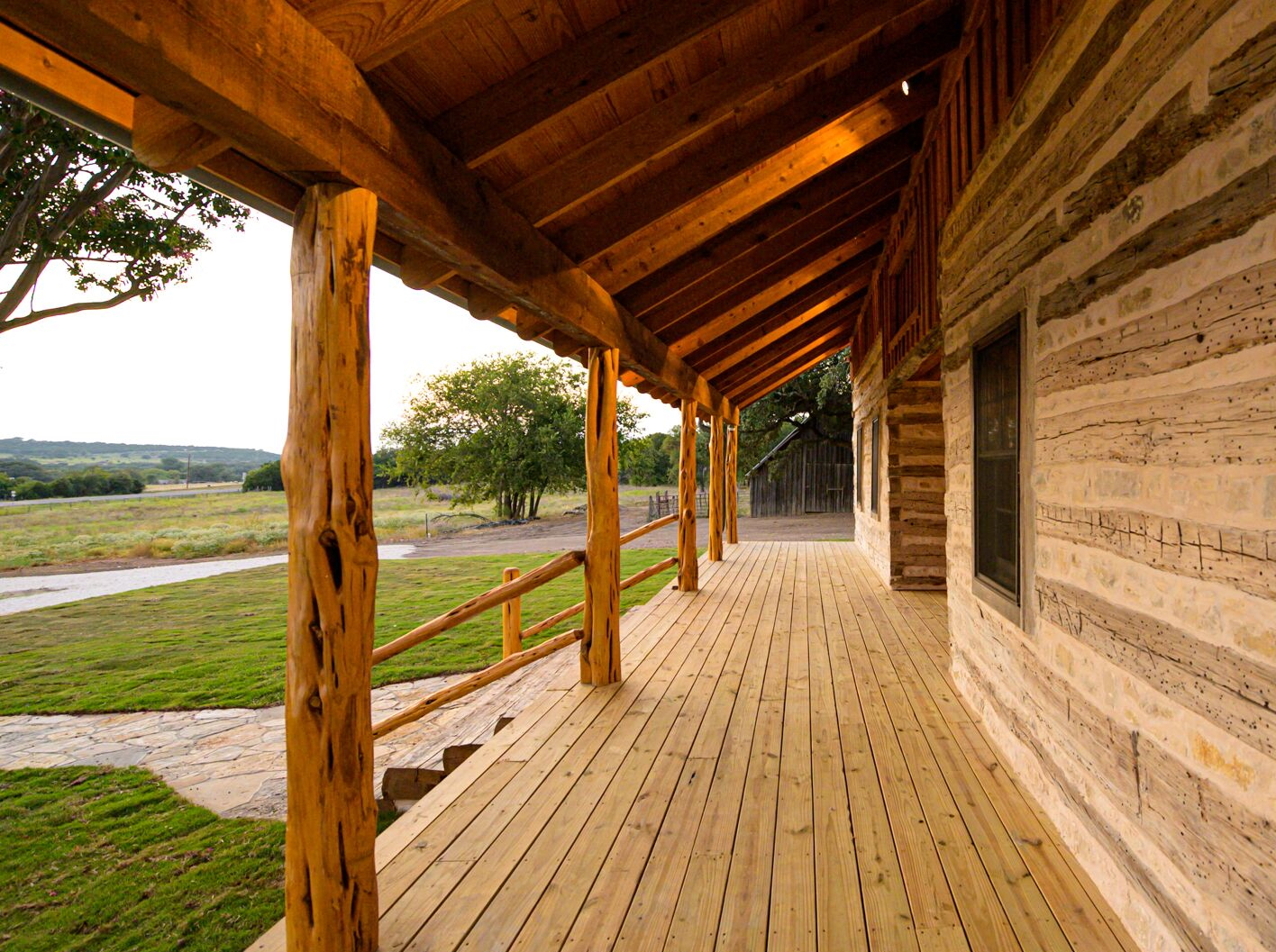 Antique Log Home Architect, Antique Log Homes, Texas Ranch Homes, Historic Texas Ranch Homes, Best Ranch Designs in Texas, Texas Ranch Architects, Best Ranch Home Architects, Early Texas Log Homes, Early Texas Log Cabins, Log Home Porch