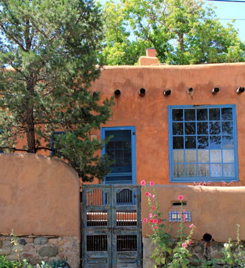 Brand-new Portals of Santa Fe, New Mexico DX86